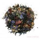 Клубничный чай с цветками